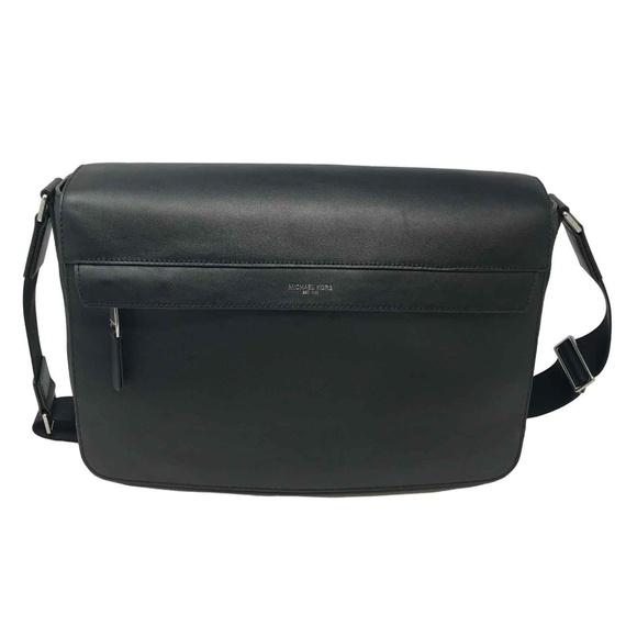 825fcfaa5922 Michael Kors Men s Large Leather Messenger Bag